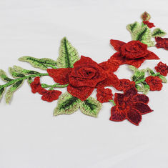 China Rote Blume 34*18 cm stickte Applikations-Flecken für dekoratives DIY-Kleid usine