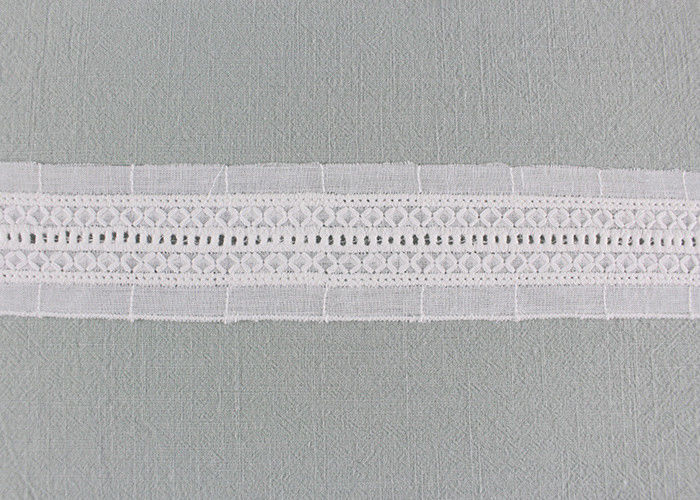 Flat Cotton Lace Trim With Linear Lace Pattern By The Yard For Garment Designer